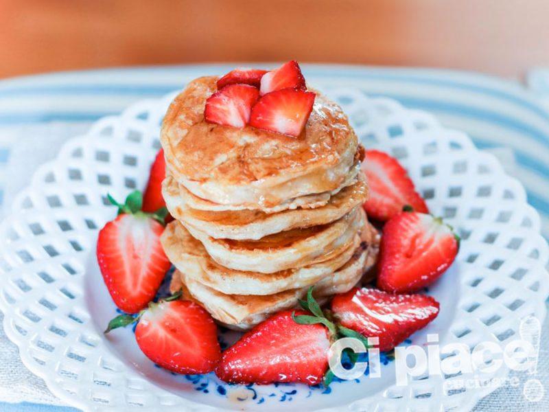 Pancake allo yogurt e cocco