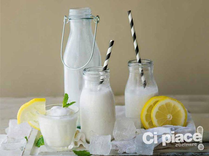 Iced cocco lemonade