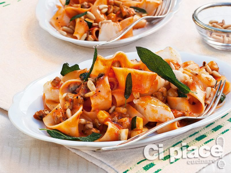 Lasagnette con pesce e zucchine