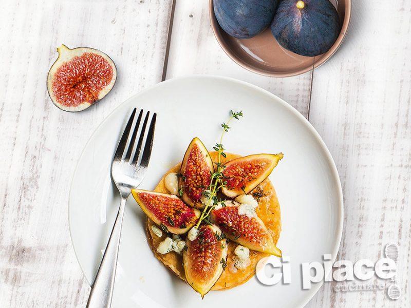 Tortine con fichi e gorgonzola
